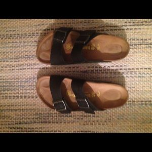 Arizona Black Birkenstocks